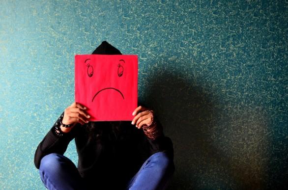 unhappy-389944_1280